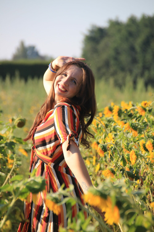 Juliane La Viajane Sonnenblumenfeld